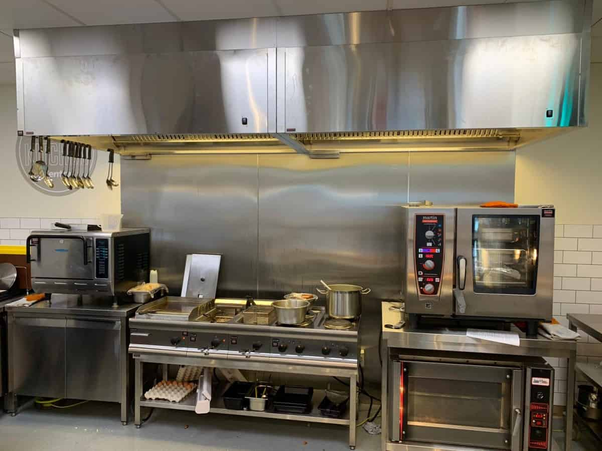 Martin Food Equipment 5dc7051c-4e52-40d1-8db0-f5f6f6b34f6e Centra, York St. Belfast Blog Installations